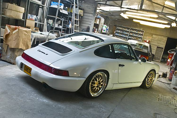 Restoration Porsche 911 964 Greg Howell Automotive Paint
